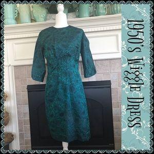 💗VINTAGE💗 1950's Wiggle Dress
